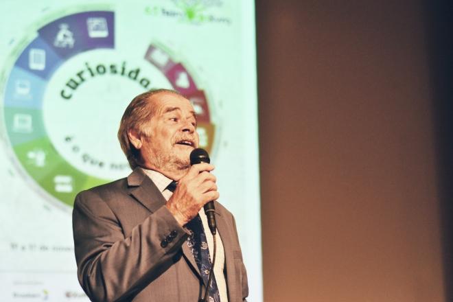 Lutz é lançado na Feira do Livro de Porto Alegre